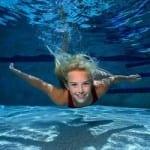 Praticar natação e outros esportes pode ser um problema para quem tem enxaqueca.